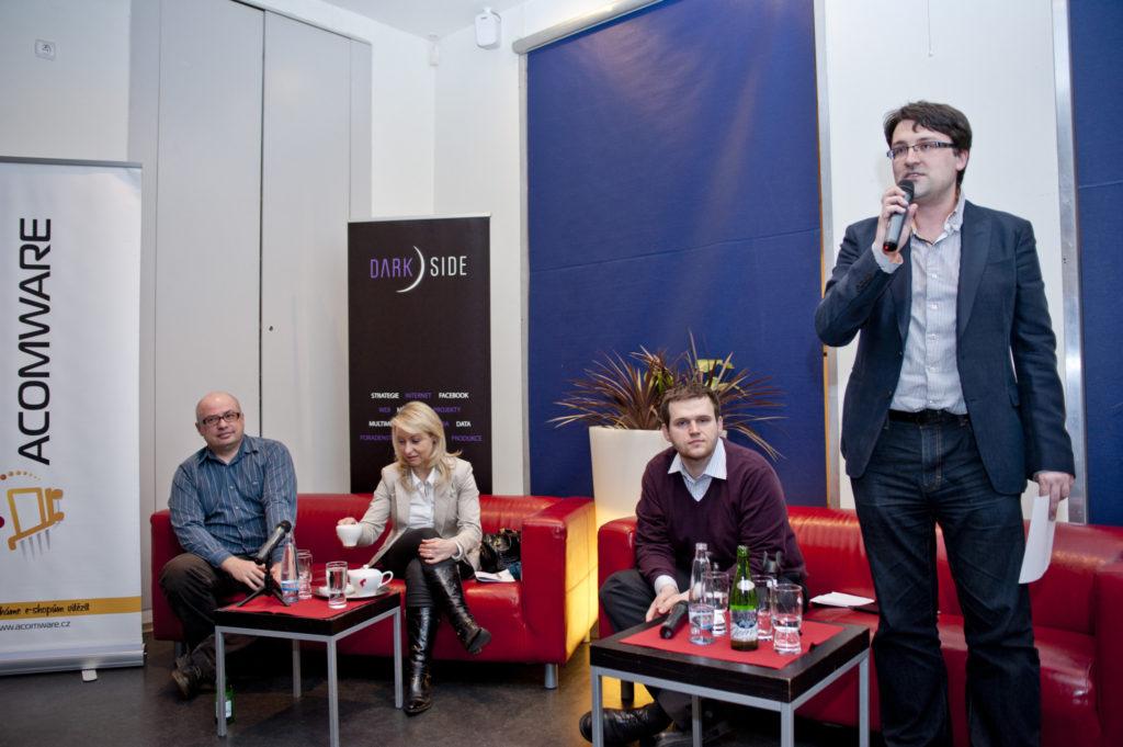 panelová diskuze - rozdíly mezi online a offline 2013 (6)